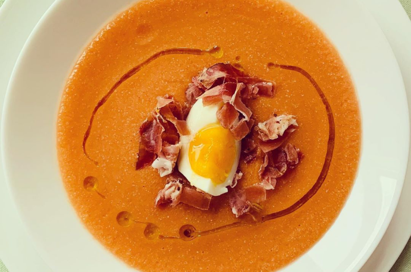 Zuppa di pomodoro fresco (Salmorejo)