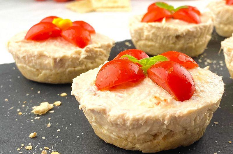 Mini cheesecake salate tonno e formaggio spalmabile